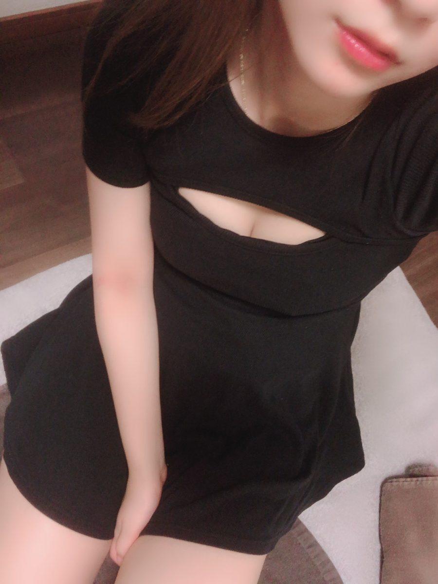 綾乃 すみれ(あやの すみれ)